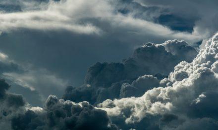 Quiet Space — #34 — A tristeza das nuvens
